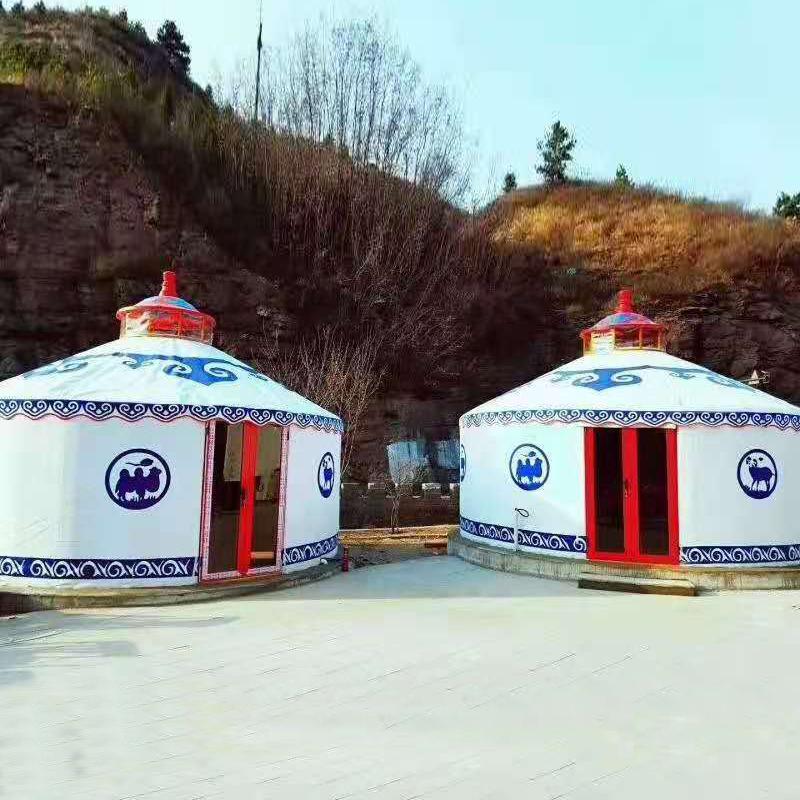 豪华住宿蒙古包