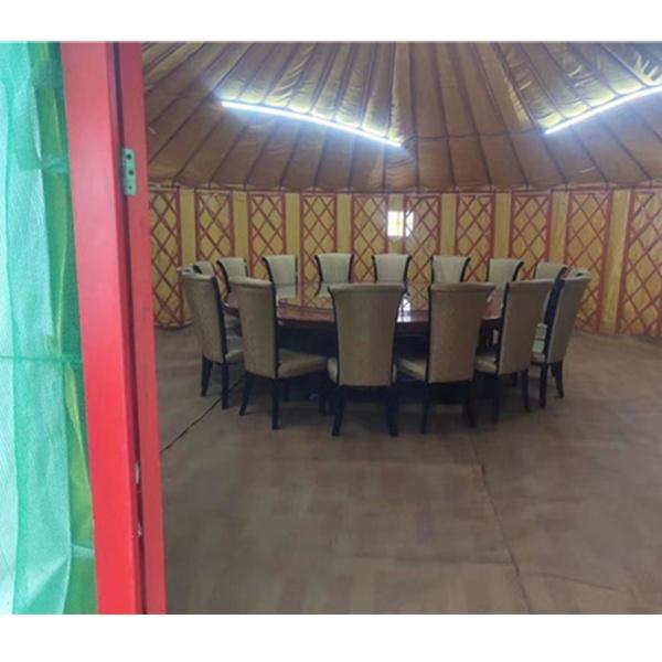 新疆餐饮蒙古包
